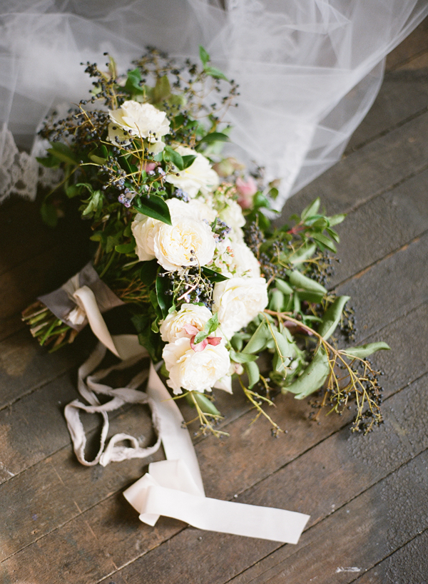 liv lundelius natural-organic-wedding-bouquet1