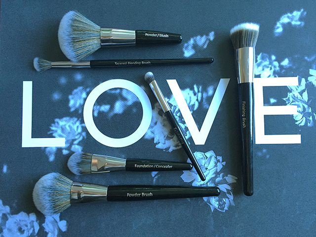 Liv Blog Look Good Feel Better Brushes Review Liv Lundelius Cruelty Free Makeup Artist Sydney copy